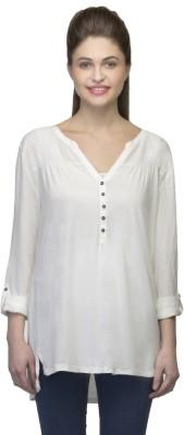 One Femme Solid Women's V-neck T-Shirt