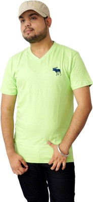 Parv Collections Solid Men's V-neck Green T-Shirt