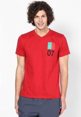 Blotch Printed Men's V-neck Red T-Shirt