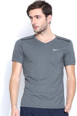 Nike Solid Men's V-neck T-Shirt