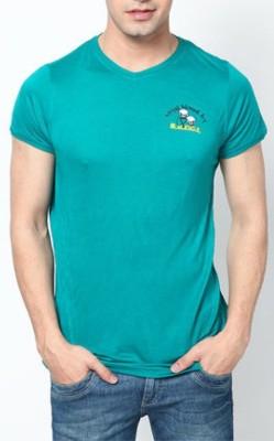 Blacksoul Solid Men's V-neck Green T-Shirt
