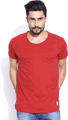 Hubberholme Solid Men's Scoop Neck Red T-Shirt