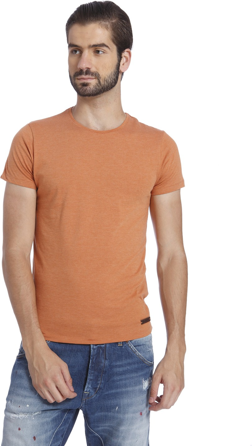 Deals | Solid T-shirts Classic Yet Contemporary