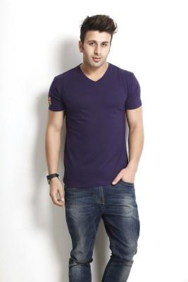 Gritstones Solid Men's V-neck Purple T-Shirt