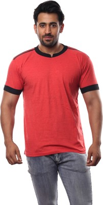 V3Squared Solid Men's Round Neck Red T-Shirt