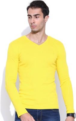 United Colors of Benetton Solid Men's V-neck T-Shirt