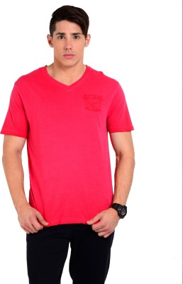 Sting Solid Men's V-neck Red T-Shirt