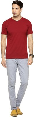 Being Crazy Solid Men,s V-neck Maroon T-Shirt