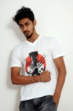 Indrow Printed Men's V-neck White T-Shir...