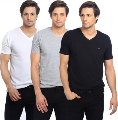 Basics Solid Men's V-neck Black T-Shirt