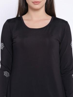 Le Bison Printed Women's Round Neck Black T-Shirt