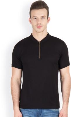 Hypernation Solid Men's V-neck Black T-Shirt
