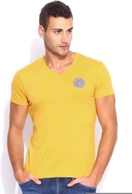 Wrangler Solid Men's V-neck Yellow T-Shirt