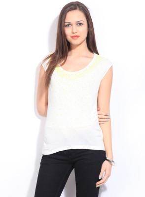 Arrow Solid Women's Round Neck White T-Shirt at flipkart