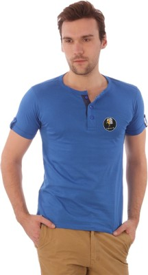 Campus Sutra Solid Men's Henley T-Shirt