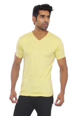 Pezzava Self Design Men's V-neck Reversible Yellow, Black T-Shirt