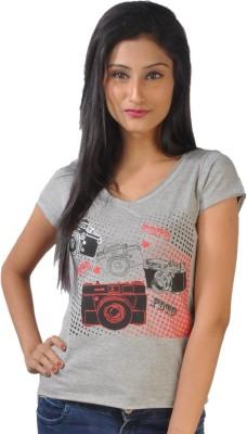 No Code Printed Women's V-neck White T-Shirt