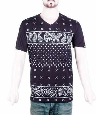 VR Designers Paisley Men,s V-neck Black T-Shirt