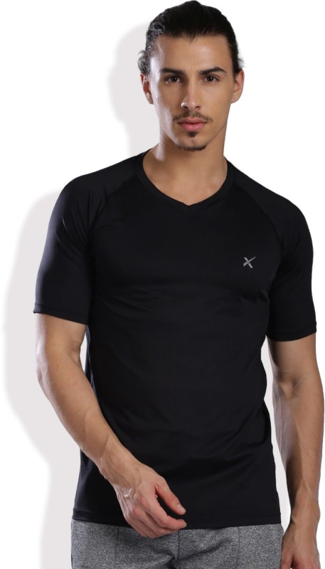 HRX by Hrithik Roshan Solid Men's V-neck Black T-Shirt