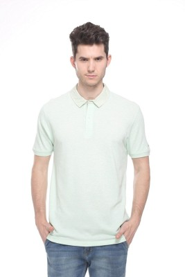 OCTAVE Solid Men's Polo Green T-Shirt