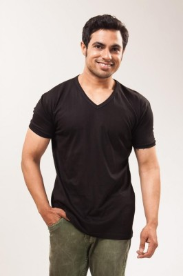 Unisopent Designs Solid Men's V-neck Black T-Shirt