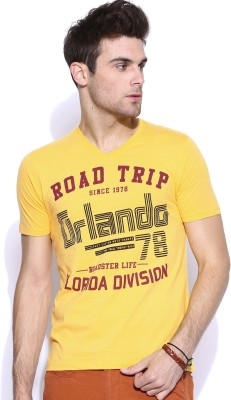 Roadster Printed Men's V-neck Yellow T-Shirt