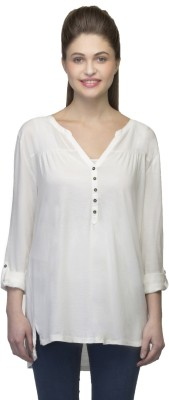 One Femme Solid Women's V-neck White T-Shirt