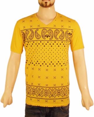VR Designers Paisley Men,s V-neck Yellow T-Shirt