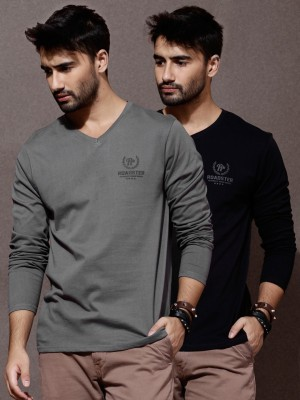 Roadster Solid Men's V-neck Black T-Shirt