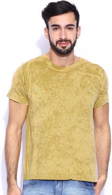 Le Bison Solid Men's Round Neck Yellow T-Shirt