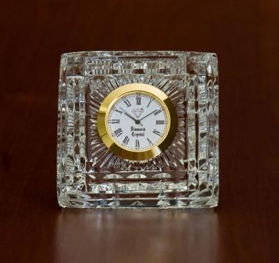 Diamond Crystal White Clock