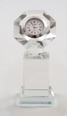 Eventz Gifts Analog Clear Clock