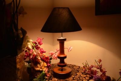 Yashasvi Yashasvi Royal Black Shade Wooden Lamp Table Lamp