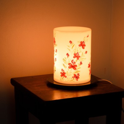 eCraftIndia Floral Design Table Lamp