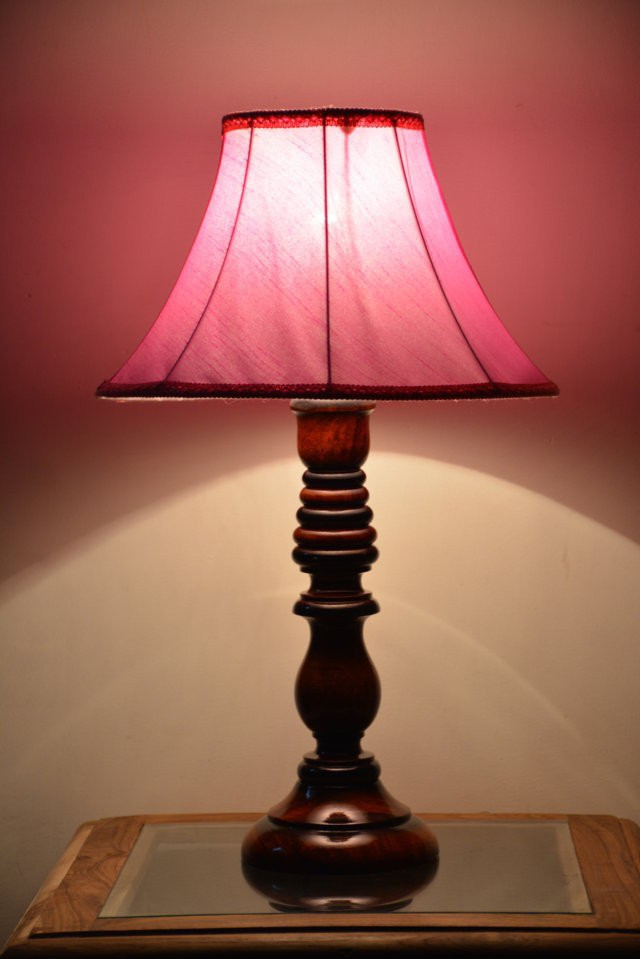 Yashasvi Decor Table Lamp