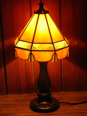 Humare Sapne Bells Tiffany Table Lamp