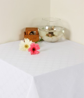 Insignia White Linen Table Linen Set