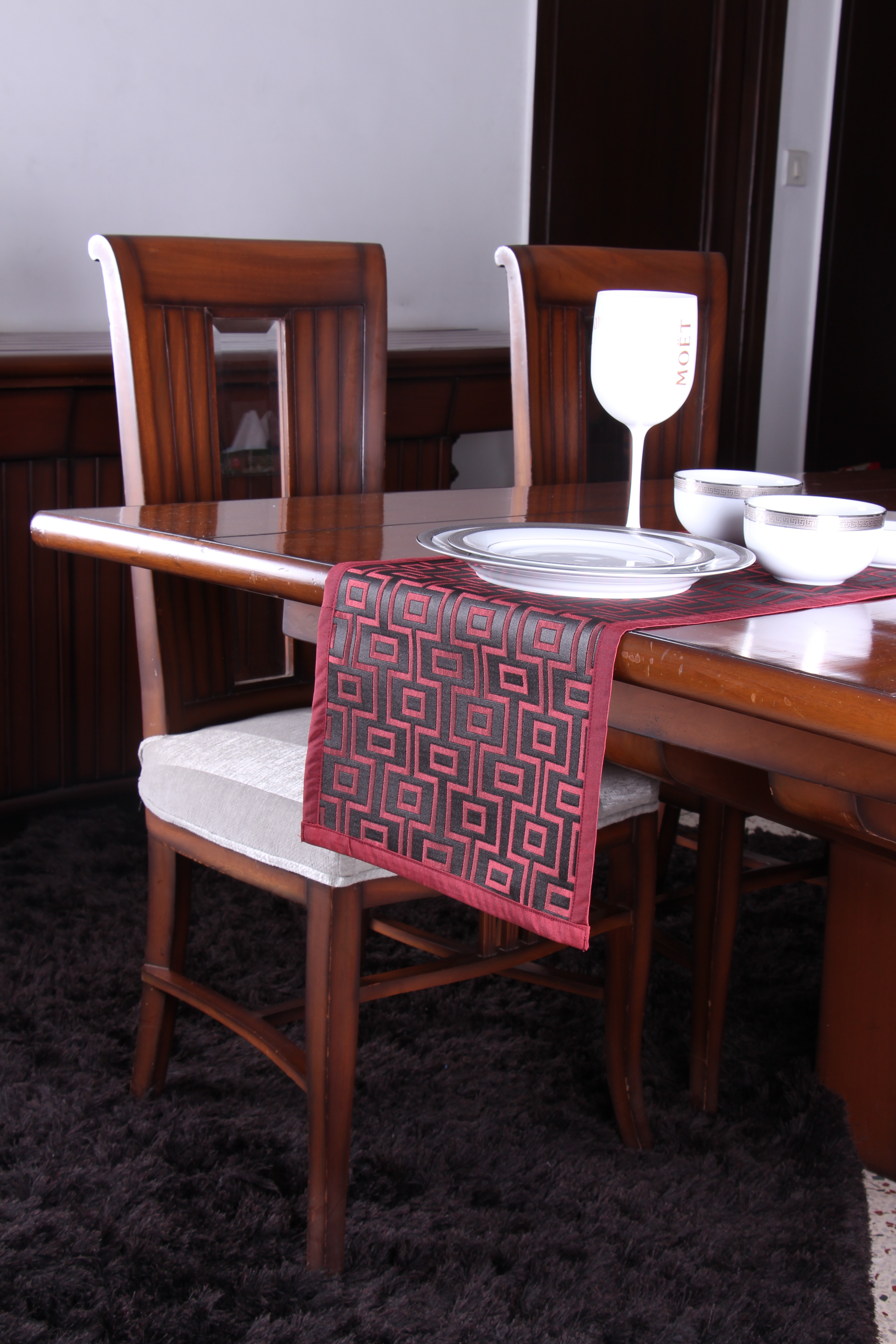 S9home by Seasons Red 183 cm Table Runner