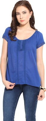 Free & Young Casual Short Sleeve Embroidered Women's Blue Top