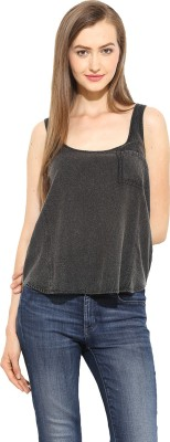 Free & Young Casual Sleeveless Solid Women's Black Top