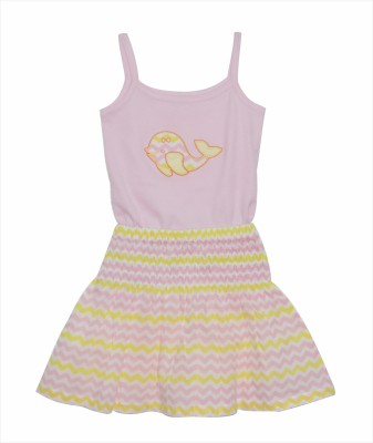 PRANAVA Party Sleeveless Self Design Girl's Pink Top