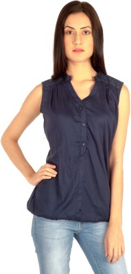 MIST ISLAND Casual Sleeveless Solid Women's Blue Top