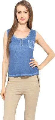 Free & Young Casual Sleeveless Solid Women's Blue Top