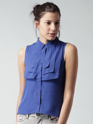 Mast & Harbour Casual Sleeveless Solid Women's Blue Top