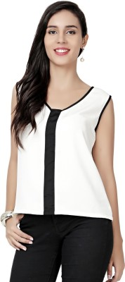 Eavan Casual Sleeveless Solid Women White Top at flipkart