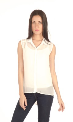 Bombay High Casual Sleeveless Solid Women's White Top