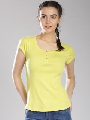 Levi's Casual Short Sleeve Self Design Women's Yellow Top