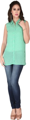 SOIE Casual Sleeveless Solid Women's Green Top