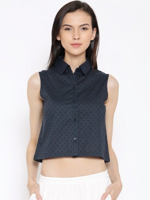 Rat Trap Casual Sleeveless Solid Women's Blue Top