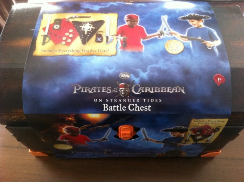 Disney Pirates of the Caribbean Battle Chest(Multicolor)